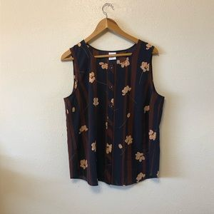 Sweet floral button up tank!
